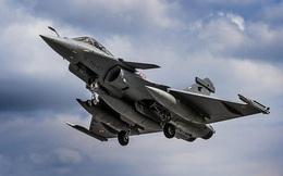 """Ấn Độ tuyên bố Trung Quốc toàn """"máy bay sao chép"""", đấu trên không chỉ có nhận thua?"""