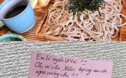 Đặt bát mỳ, nữ du học sinh nhận thêm món lạ đi kèm cùng mảnh giấy với lời nhắn đặc biệt