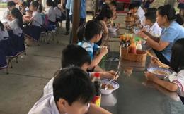 20 học sinh tiểu học ở Sài Gòn nhập viện nghi ngộ độc thực phẩm sau bữa ăn trưa và ăn xế