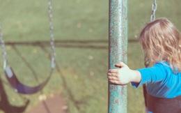 Con gái mất tích, 10 ngày sau gia đình chết lặng khi tìm thấy con trong tủ nhà hàng xóm
