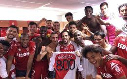 Đồng đội cũ Messi cán mốc 800 trận đấu chuyên nghiệp