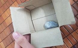 Săn sales 1.000 đồng ngày 9/9 của Shopee, người dùng tá hỏa vì mua ốp điện thoại lại nhận về cục đá