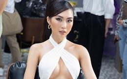 Tường Linh mặc bốc lửa khi tham dự kiện nhiều sao Việt