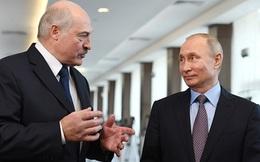Belarus đề nghị Tổng thống Putin cấp vũ khí