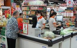 Hàng ngàn túi sinh học thân thiện môi trường tặng khách hàng tại siêu thị Hà Nội