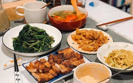 Chàng trai khoe mâm cơm nhà đầy ụ, xinh xẻo như trong manga, mỗi lần mở tiệc lẩu hay thịt nướng là bạn bè xếp hàng xin ăn ké