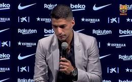 Luis Suarez nghẹn ngào khi chia tay Barcelona