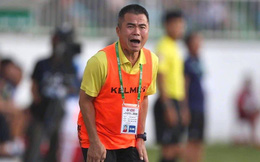 Sau màn bắt chẹt nghiệp dư ở Thanh Hóa, đã đến lúc đòi lại công bằng cho HLV V.League