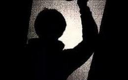 Nghi án cha đâm chết con gái 3 tuổi rồi tự sát