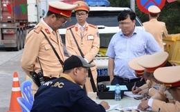 Đề xuất giấy phép lái xe được cấp 12 điểm/năm: 28 lỗi vi phạm sẽ bị trừ điểm