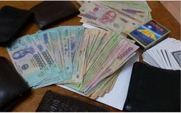 Phó giám đốc Trung tâm dịch vụ đấu giá Thái Bình đánh bạc: Hé lộ số tiền thu giữ tại chiếu bạc
