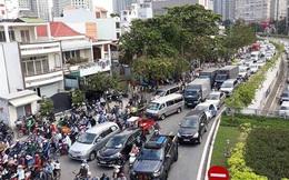 Từ ngày 3-10, TP HCM cấm các loại xe qua cầu vượt Nguyễn Hữu Cảnh