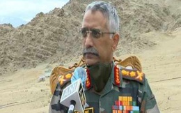 """Tư lệnh lục quân và Tham mưu trưởng Ấn Độ đánh giá về tình hình """"căng như dây đàn"""" ở biên giới với TQ"""