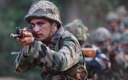 """Cáo buộc lính Ấn Độ nổ """"vài phát súng"""" ở biên giới, TQ nói không còn cách nào ngoài """"phản công"""""""
