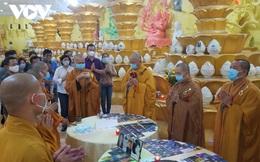 Chùm ảnh: Bên trong hầm lưu giữ hũ cốt ở chùa Kỳ Quang 2