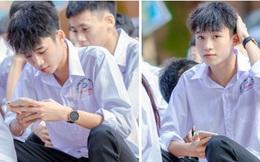 Về thăm trường cấp 3 ngày khai giảng, nam sinh 2K1 bất ngờ chiếm spotlight vì đẹp trai lai láng, biểu cảm siêu cấp dễ thương