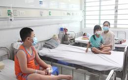 Có trẻ 5-6 ngày tuổi đã mắc sốt xuất huyết, bác sĩ BV Nhi Trung ương khuyến cáo khẩn