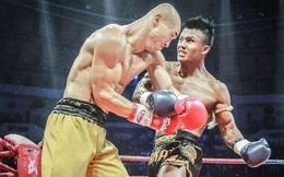 """3 lần diễn trò trên sàn đấu, """"con rồng làng võ Trung Quốc"""" bị gạch tên khỏi top 10 thế giới"""
