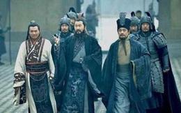 Lưu Bị muốn phục hưng Hán thất, vậy tại sao người trung thành với nhà Hán như Tuân Úc không chọn Lưu Bị để phò tá?