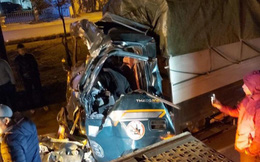 Đâm vào xe container đỗ bên đường, tài xế xe tải tử vong