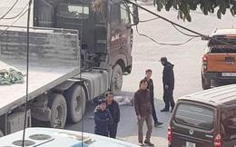 Hà Nội: Chở chị gái đi khám thai, thiếu nữ 17 tuổi tử vong sau va chạm với xe tải