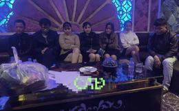 Ập vào quán karaoke Century, 7 nam nữ phê ma túy, bay lắc theo nhạc