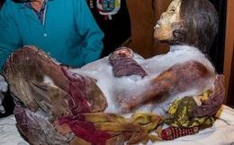 Xác ướp thiếu nữ mắc kẹt trong lớp băng 9 mét suốt 500 năm - Sự thật đằng sau khiến ai cũng xót xa