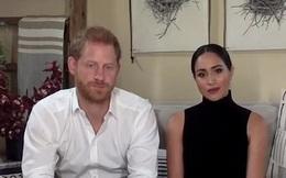 """Nhà Sussex không có nhu cầu xem lại thỏa thuận rời Hoàng gia Anh dù Meghan Markle đang """"đứng ngồi không yên"""" với cuốn sách mới của chị gái"""
