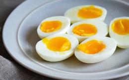 Lòng trắng hay lòng đỏ trứng tốt hơn? Câu trả lời sẽ khiến bạn... hối tiếc vì đã từng phí phạm dưỡng chất
