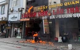 Cháy lớn tại quán lẩu 5 tầng ở Hà Nội