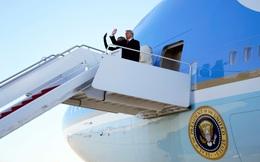 Sau bài phát biểu tại Căn cứ Không quân Andrews, ông Trump cùng phu nhân đã bắt đầu chuyến bay tới Florida