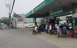Nghi băng nhóm đi ô tô nổ súng tại cây xăng ở Sài Gòn, một người bị đạn găm vào cằm