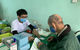 Khám chữa bệnh, cấp thuốc miễn phí cho người dân Đà Nẵng có hoàn cảnh khó khăn
