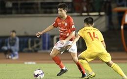"""[TRỰC TIẾP] CLB TP.HCM 0-0 Hồng Lĩnh Hà Tĩnh: Lee Nguyễn bị đối thủ """"chăm sóc"""" kỹ càng"""