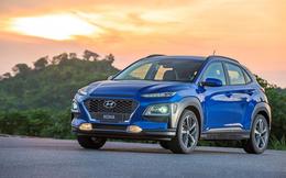 """""""Hàng nóng"""" Hyundai Kona giảm giá mạnh tay trước Tết Nguyên đán, """"kèn cựa"""" Kia Seltos"""