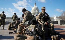 """Lính Vệ binh Mỹ """"ăn không đủ no"""" khi bảo vệ Điện Capitol"""