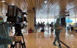 """Quyền trưởng Ban Thời sự của VTV thông tin về việc ê-kíp """"Chiều cuối năm"""" tác nghiệp tại sân bay Vân Đồn, Quảng Ninh"""