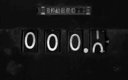Dành cho những người chưa có gì trong tay: Số 0 mới là con số quyền lực nhất, cũng như khi không có gì trong tay, bạn mới mẻ, tự do, không bị ngăn cản!
