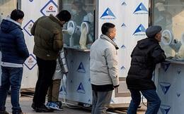 Trung Quốc triển khai xét nghiệm COVID-19 qua đường hậu môn