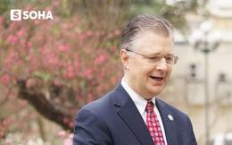 Cây đào tự tay ghép của Đại sứ Mỹ tại Việt Nam và cuộc gặp cuối năm