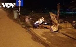 Người đàn ông tử vong cạnh xe máy bên lề đường