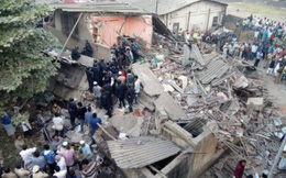 Sập mái nhà đài hỏa táng tại Ấn Độkhiến ít nhất 17 người chết