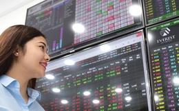 Bloomberg: Nếu dư ra 10.000 USD, có thể cân nhắc đầu tư vào cổ phiếu Việt Nam