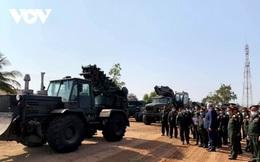 Nga viện trợ thiết bị quân sự cho Lào