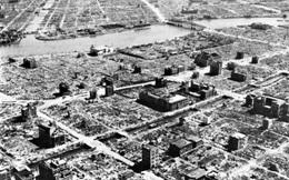 """Nha sĩ Mỹ hiến kế thiêu trụi Tokyo bằng """"bom dơi"""""""