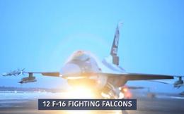 """Tiêm kích F-35 và F-16 của Mỹ biểu diễn """"voi đi bộ"""" trong thời tiết âm 40 độ C"""