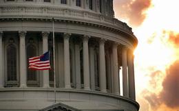 """Điện Capitol """"rỉ máu"""": 220 năm không yên và lần đầu tiên bạo động hạ bệ nền dân chủ lớn nhất"""
