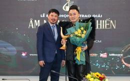 Tùng Dương đoạt 3 giải Cống hiến