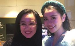 BTV Hoài Anh tiếp tục giật spotlight khi chung khung hình với thí sinh Hoa hậu kém mình tận 20 tuổi