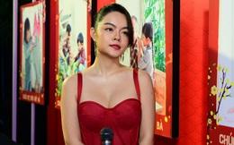 Phạm Quỳnh Anh mặc gợi cảm đi sự kiện